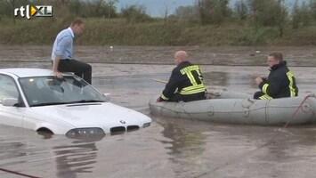 RTL Nieuws Noodweer overspoelt snelweg in Duitsland