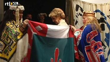 RTL Boulevard Prinses Margriet opent tentoonstelling 'verhaal van de totempaal'