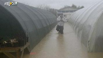 RTL Nieuws Wateroverlast door regen in GB