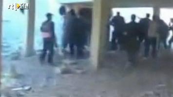 RTL Nieuws Schokkende video toont mogelijk oorlogsmisdaad rebellen Syrië