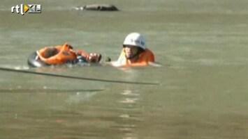 RTL Nieuws Kind met ouders gered uit Chinese rivier