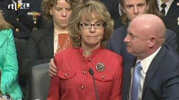RTL Nieuws Aangrijpende oproep Giffords tegen wapenbezit in VS