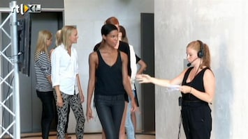 Holland's Next Top Model Soraya loopt de fashion week voor de kroonprinses