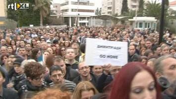 RTL Nieuws Cyprioten woedend de straat op