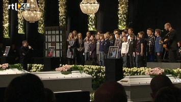 RTL Nieuws Vrolijk lied voor slachtoffers busramp