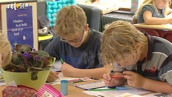 RTL Nieuws 'Vliegende brigades' helpen zwakke scholen