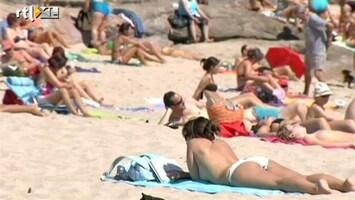 RTL Nieuws Nederlanders vieren minder vakantie