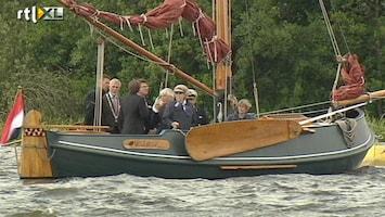 RTL Nieuws Beatrix bij feestelijke vlootschouw
