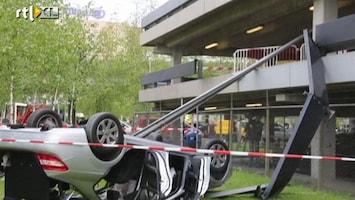 RTL Nieuws Auto stort van parkeerdek Schiphol