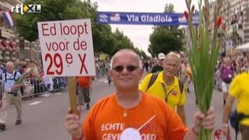 RTL Nieuws Via Gladiola vol feestende wandelaars