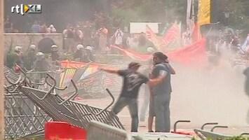 RTL Nieuws Rellen voor Grieks parlementsgebouw