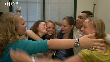 RTL Nieuws Explosie van blijdschap bij eindexamenleerlingen