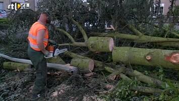 RTL Nieuws Flinke schade door windhoos in Montfort