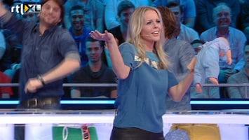De Jongens Tegen De Meisjes 'Hit me baby, one more time!'