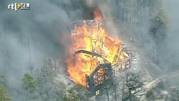RTL Nieuws Bosbranden leggen huizen in de as