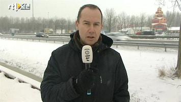 RTL Nieuws Sneeuwschuivers staan zelf in de file