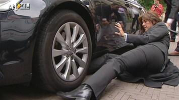 RTL Nieuws Fret gevonden in auto minister Kamp op dag van fokverbod nertsen