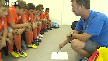 RTL Nieuws Nederlander leert Oranjevoetbal aan Duitsers