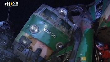 RTL Nieuws Doden bij zwaar treinongeluk Polen
