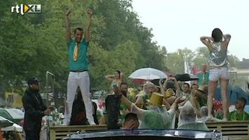RTL Nieuws Botenparade feest ondanks regen