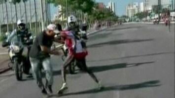RTL Nieuws Aanval op marathonloper tijdens race