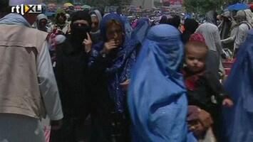 RTL Nieuws Afghaanse vrouw mag niet zonder man over straat