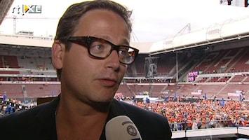 RTL Boulevard Voetbal kijken bij optreden Guus Meeuwis