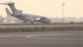 RTL Nieuws Boeing landt zonder voorwielen