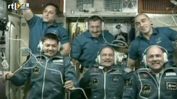 RTL Nieuws André Kuipers in ISS aangekomen