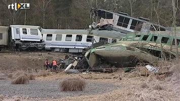 RTL Nieuws Ergste treinramp in 20 jaar in Polen