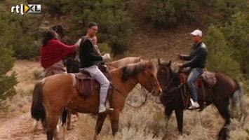 """Echte Meisjes Op De Prairie - """"kan Je Ook Luisteren, Kutpaard!"""""""