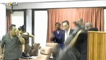 Editie NL Vechtende politici Suriname