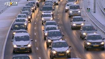 RTL Nieuws Honderden kilometers file door winterweer