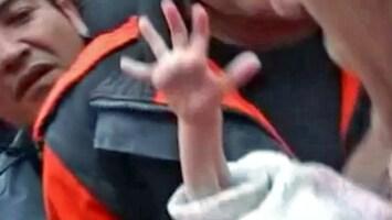 RTL Nieuws Redding baby na aardbeving gefilmd