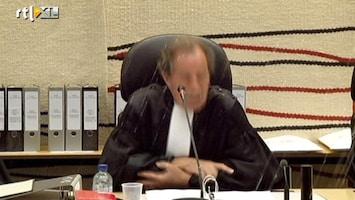RTL Nieuws Robert M. gooit water naar rechter