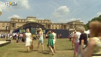 RTL Nieuws Rondsnuffelen in de tuin van Buckingham Palace