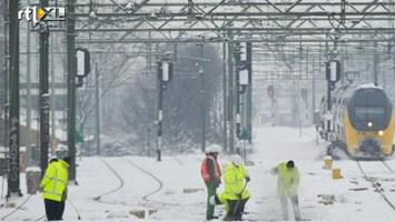 RTL Nieuws Waarom 1 sneeuwbui het spoor ontregelde
