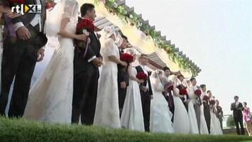 RTL Nieuws 12-12-12 een massaal huwelijksfeest