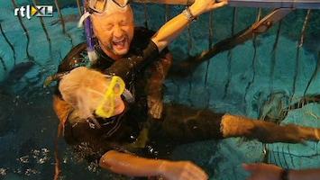 Britt & Ymke En Het Mysterie Van ... Britt en Dennis bij de haaien