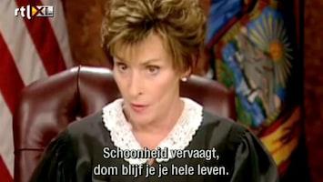 Editie NL Komt een man bij de rechter