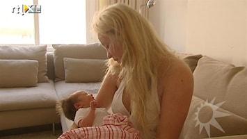RTL Boulevard Op babybezoek bij Ilja Visser