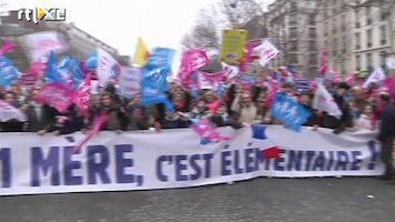 RTL Nieuws Massaal protest in Parijs tegen homohuwelijk