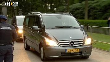 Editie NL Rouwwagen aangekomen bij Huis ten Bosch
