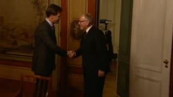 RTL Nieuws Minister Timmermans vertrouwt de Kamer niet
