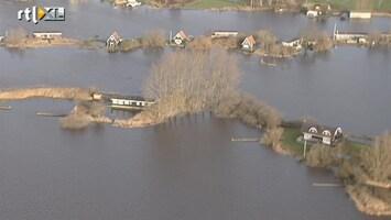 RTL Nieuws Indrukwekkende luchtbeelden wateroverlast