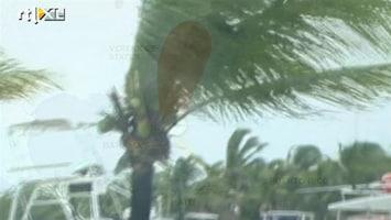 RTL Nieuws Irene raast over Bahama's