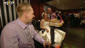 De Weddingcrasher - De Stemming Zit Er Lekker In