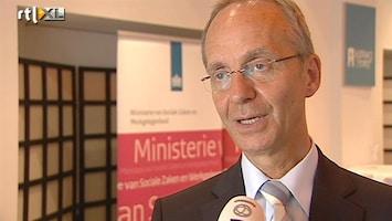 RTL Nieuws Meeste pensioenen binnenkort omlaag