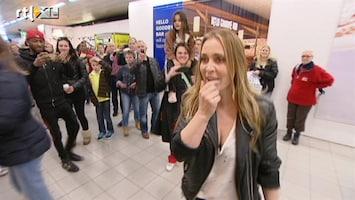 RTL Nieuws Chaotische aankomst Anouk op Schiphol