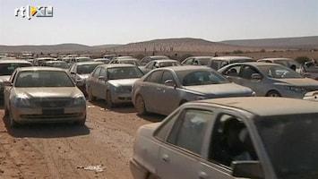 RTL Nieuws Libiërs massaal op de vlucht voor geweld